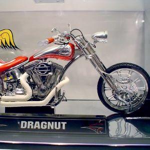 Von Dutch Kustom Cycles Diecast Dragnut - NEW